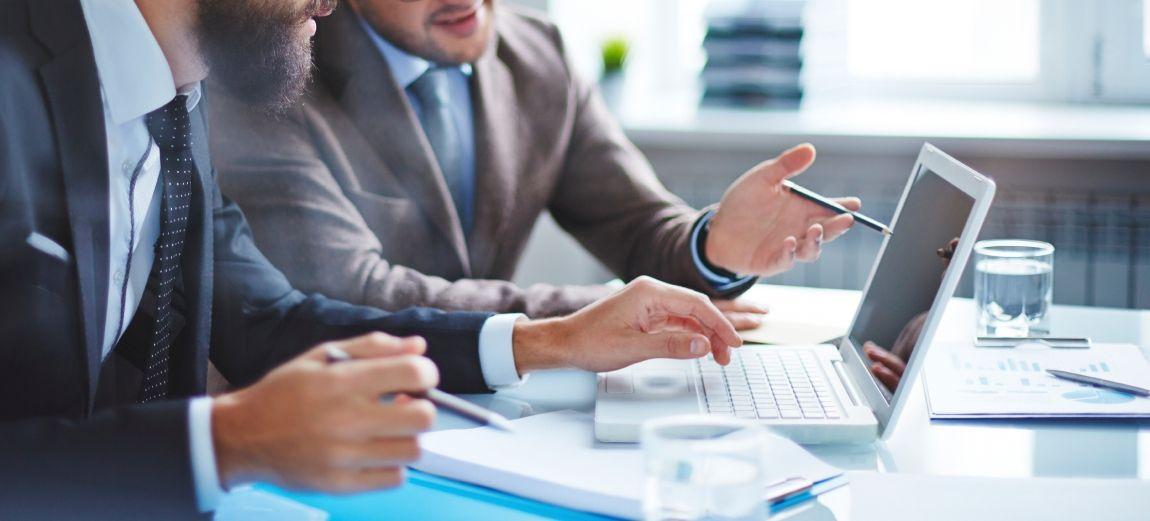 BIENVENUE ! Nos managers et consultants web seniors vous accompagnent pour accélérer vos projets digitaux et e-commerce